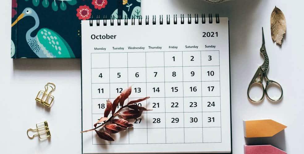 El mejor calendario sobre mesa 2021